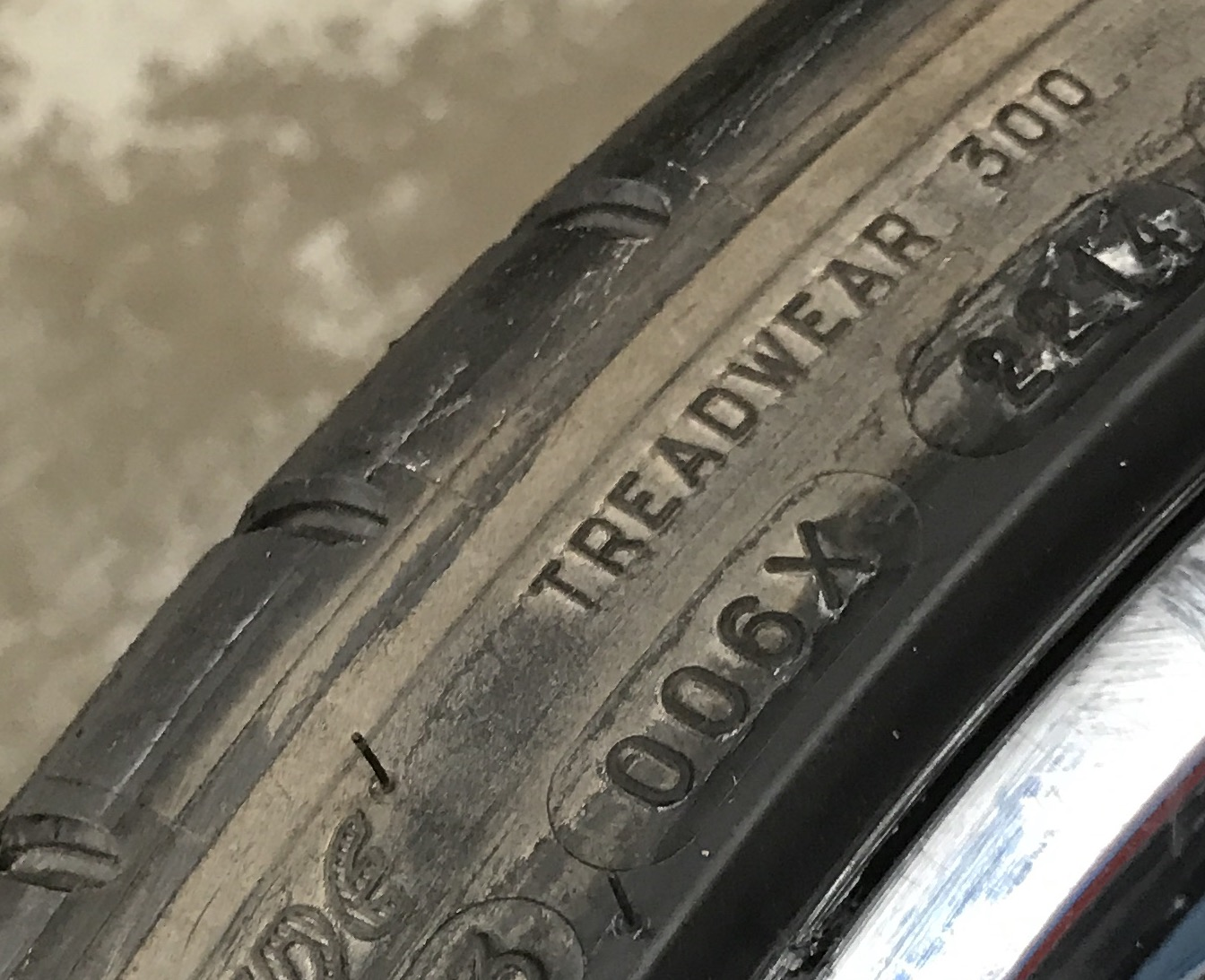 Tire Blooming - Why Your Tires are Turning Brown.